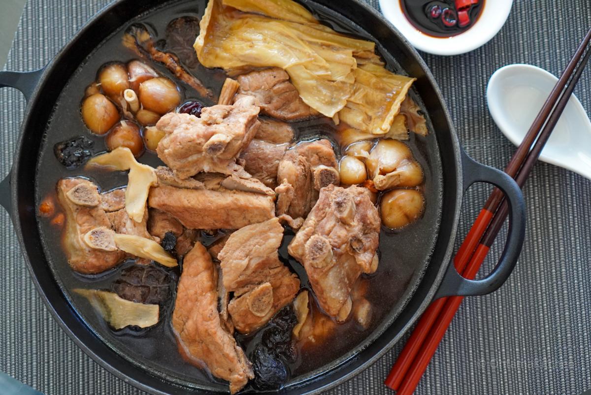 マレーシア風肉骨茶 (Bak Kut Teh)
